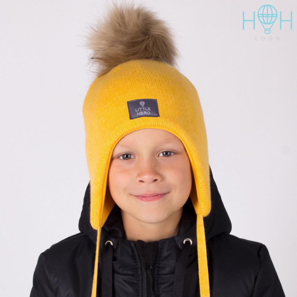 ШЗ20-02511755-4 Шапка зимняя с искусственным помпоном и нашивкой Little hero, горчица