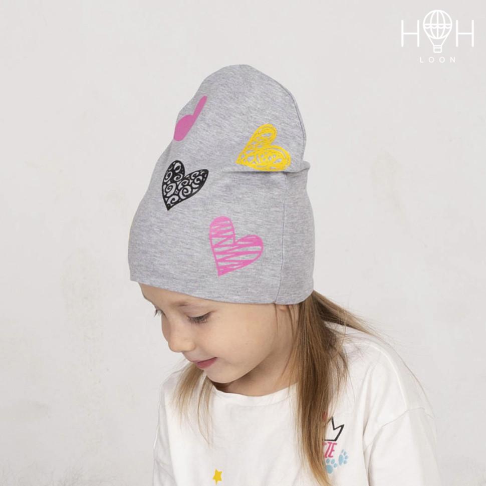 ШВ19-04211711 Двухслойная трикотажная шапка с рисунком, сердечки / серый ме